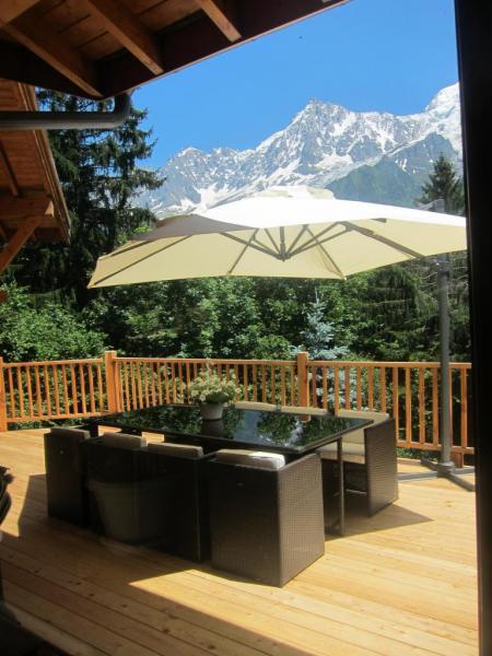 Terrasse sans vis à vis avec vue sur la chaîne du mont Blanc (2)
